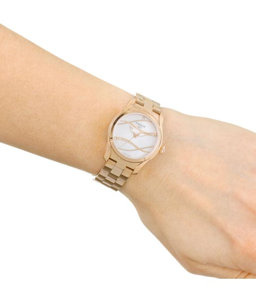 Tissot T1122103311100 Watches for Women Chennai in wrist hand View